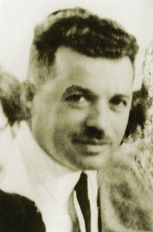 """ד""""ר ברוור ז""""ל. אידיאליסט"""
