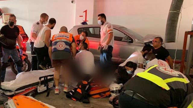 זירת התאונה בחניות התת קרקעי