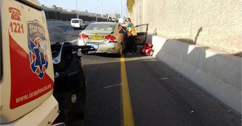 צילום: זירת התאונה בכביש 20 - דוברות איחוד הצלה