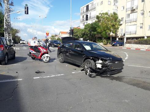 צילום: זירת התאונה בחולון - דוברות איחוד הצלה
