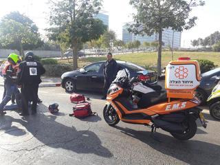 זירת התאונה בחולון - צילום: דוברות איחוד הצלה
