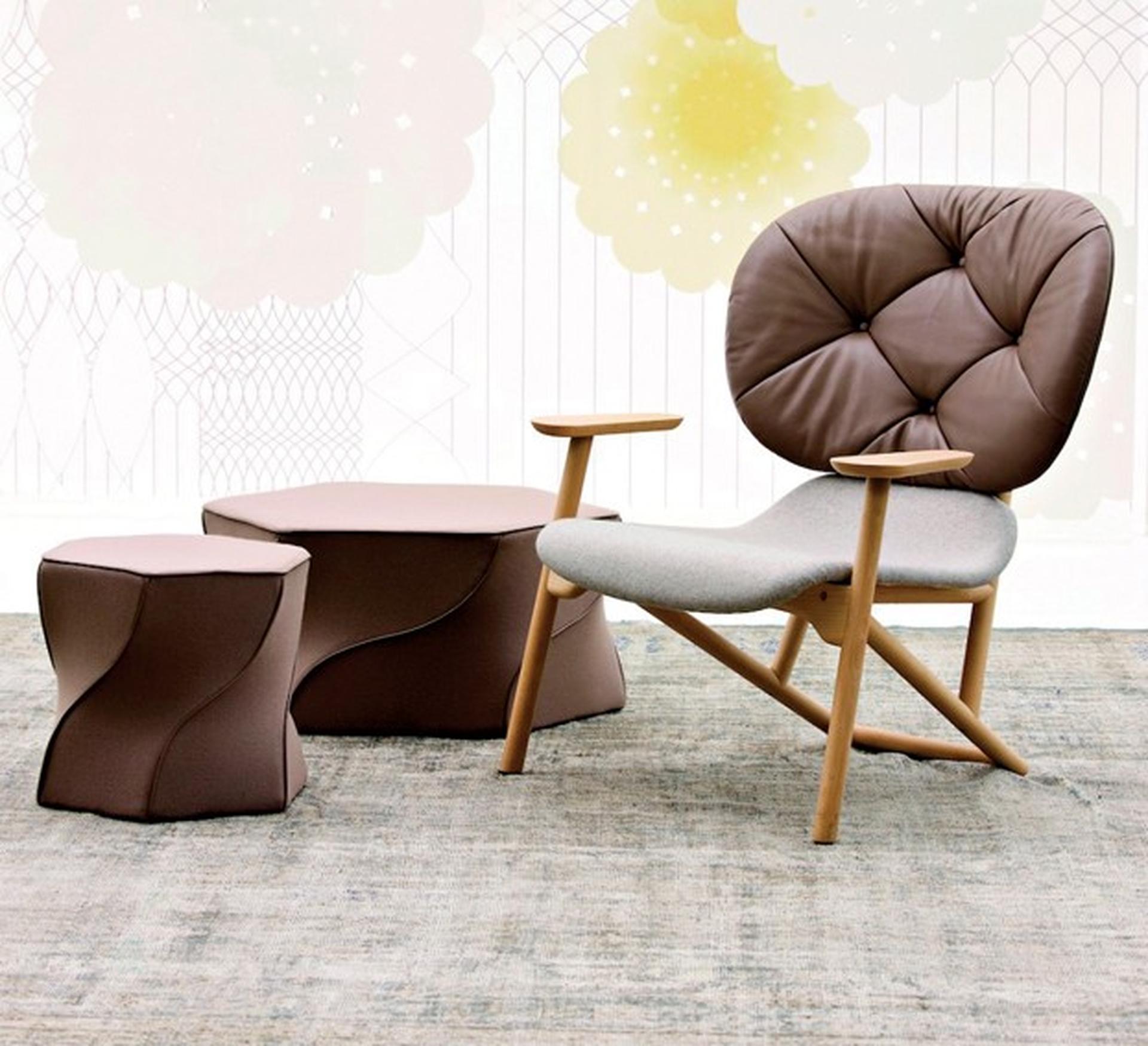 אסתטיקה לינארית המאפיינת את עיצוביה של אורקיולה באה לידי ביטוי בכיסא שעיצבה לחברת MOROSO
