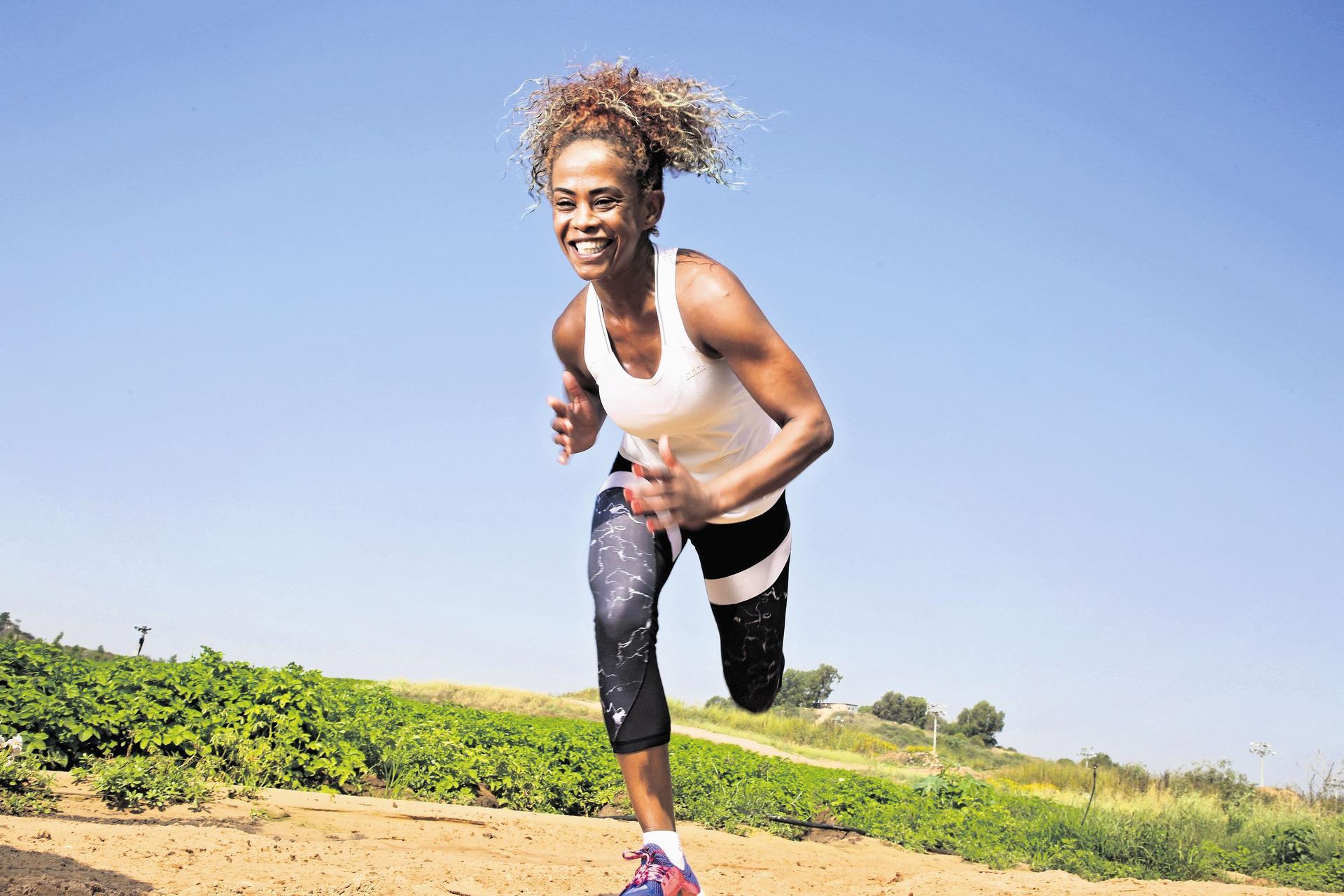 רחלי לוגסי, אצנית מרתון. צילום: ריאן