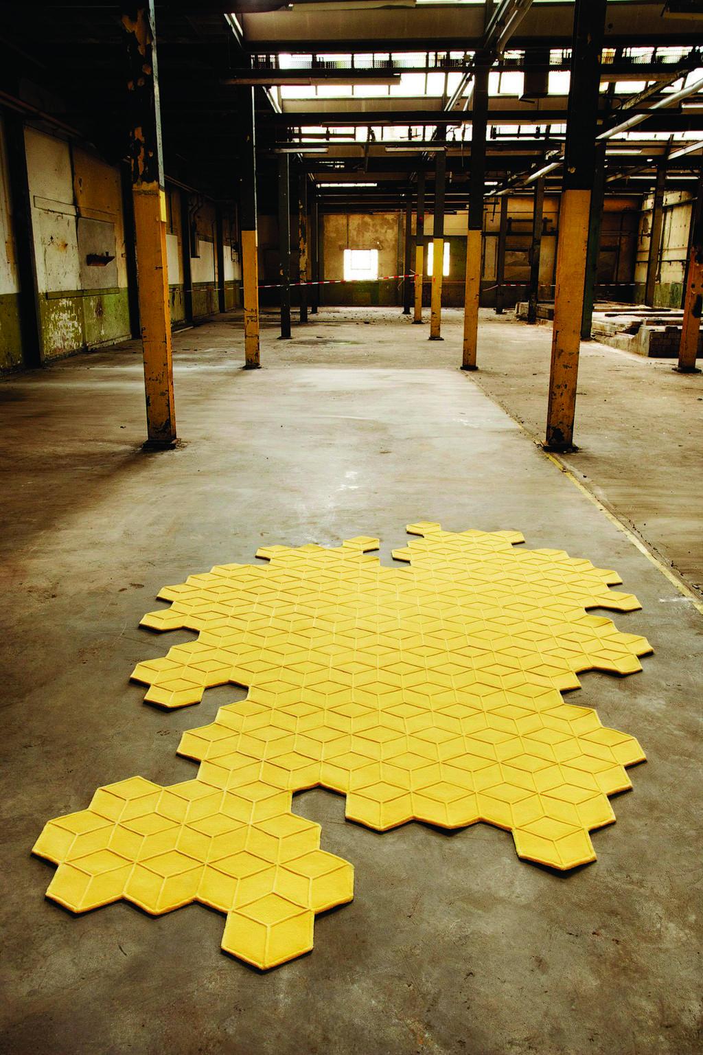 שטיח אמורפי. RENBY