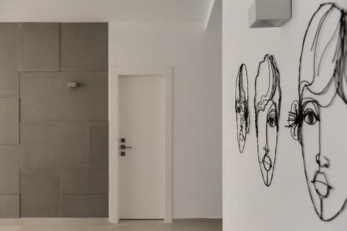 מה רואים עם הכניסה לבית, מתוך פרויקט של האדריכלית עדי ארונוב. צילום: עודד סמדר