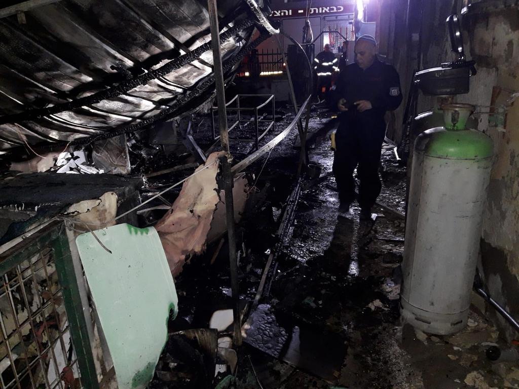 שריפת בית בירוחם. צילום: דוברות כבאות והצלה נגב