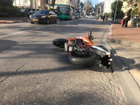 האופנוע בזירת התאונה | צילום: איחוד הצלה