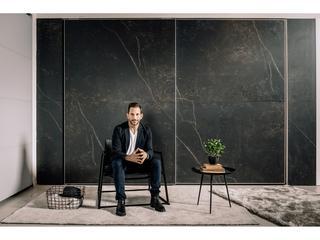 ארונות ריביירה מציגה קולקציית HIGH END של המעצב דניאל חסון. צילום: מיכה לובטון.