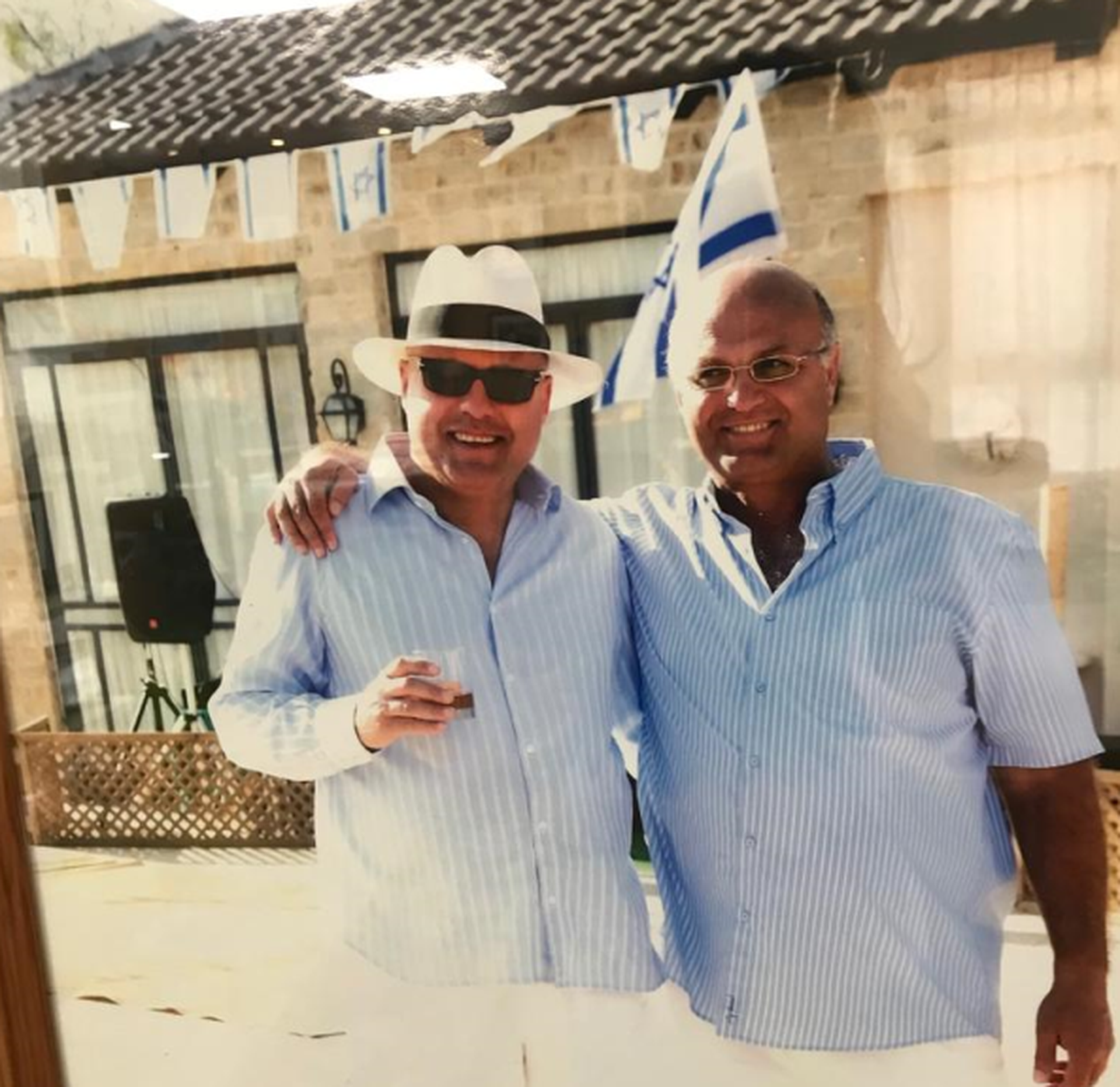 אבי ורוני מזרחי   צילום: באדיבות המשפחה
