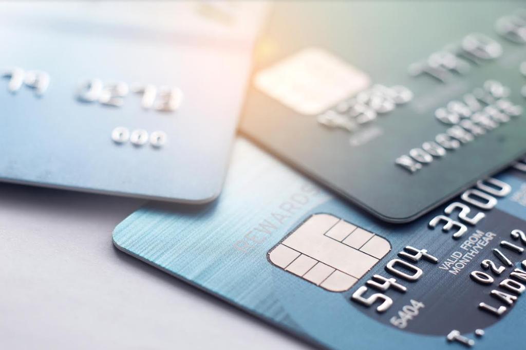 כרטיסי אשראי. צילום: shutterstock